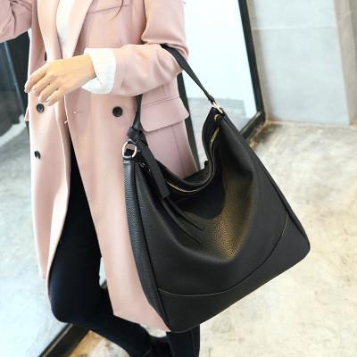 Стильная женская сумка хобо L-16004 черная