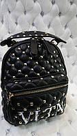 Рюкзак черный женский VLTN