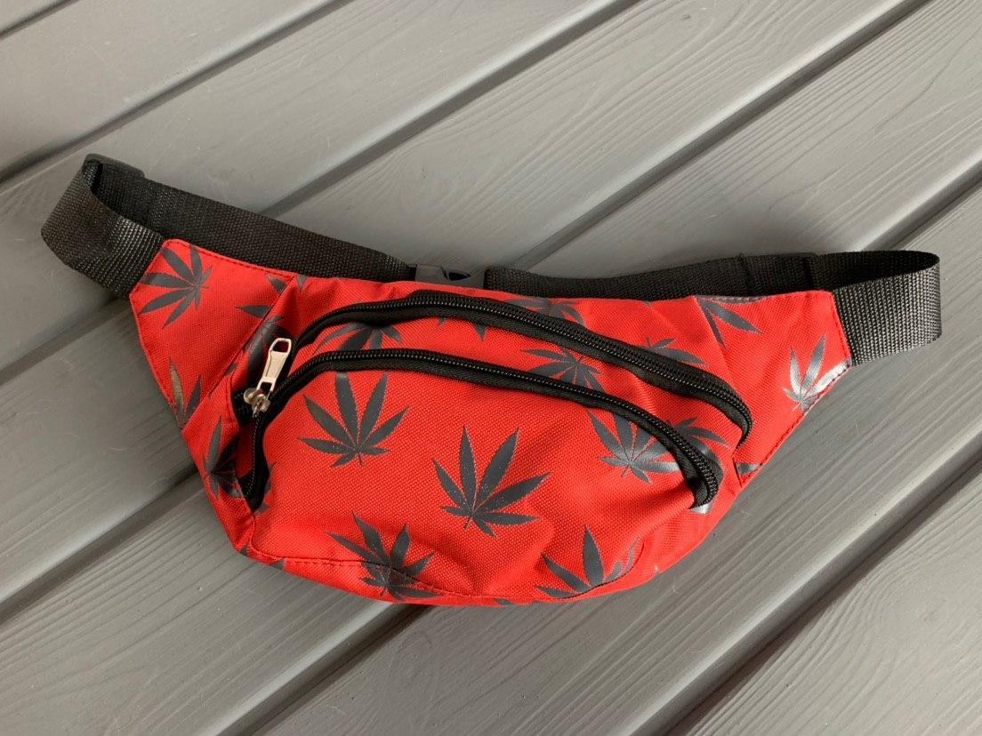 Мужская/женская сумка бананка Cannabis
