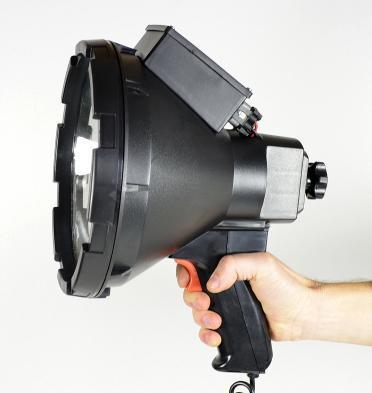 Прожектор-ксенон с ручкой корпус черный диаметр 235мм вес 4 кг 3600 Lm 12В точечный
