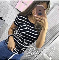 Жіноча футболка з кишенями і коротким рукавом