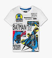 Белая футболка для мальчика с Бэтменом C&A Размер 122, 128