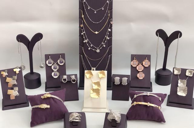Украшения из серебра/Прикраси зі срібла/Silver jewelery