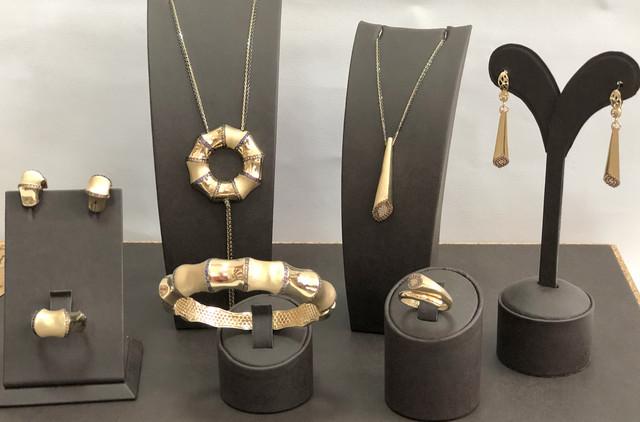 Золотые ювелирные изделия/Золоті ювелірні вироби
