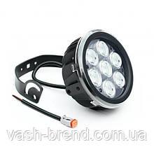 ЛЭД лампа LED670, свет направленный, 4200Lm, 10х7Вт