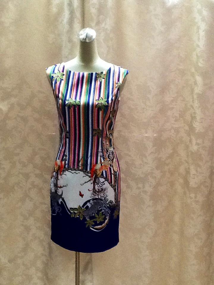 Платье атласное без рукава