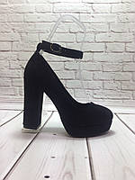 bd48c5e67 Стильные женские туфли на высоком каблуке из черной замши и пояском вокруг  ноги.