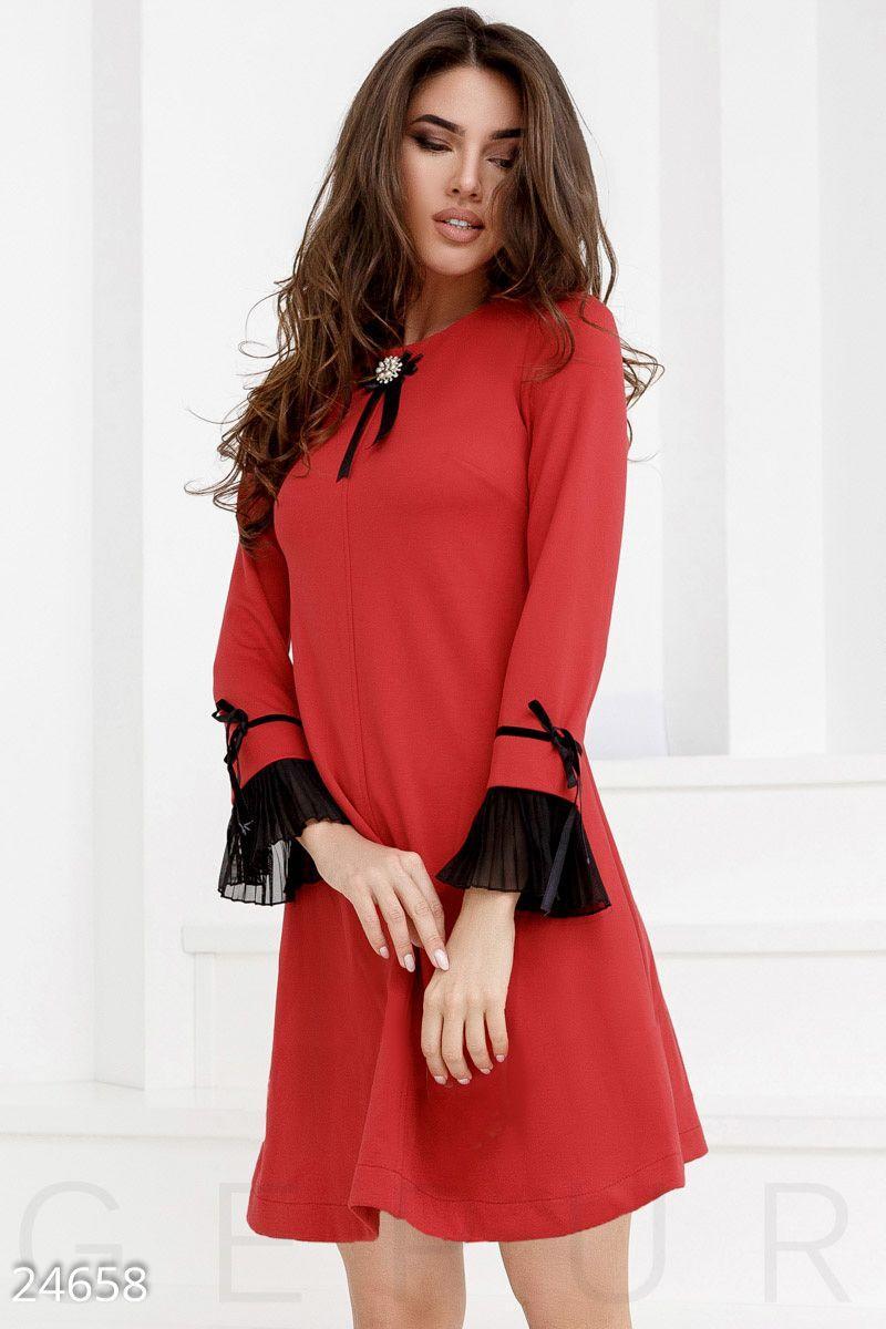 482aa891ed180b8 Праздничное трикотажное платье - Интернет-магазин одежды ТОПШОП в Мариуполе