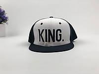 Кепка снэпбек King (черно-белая), фото 1