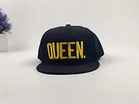 Кепка снэпбек Queen (черная с золотым лого)