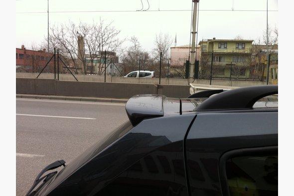Спойлер (под покраску) Renault Sandero 2007-2013 гг.