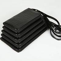 Чохол для мобільного телефона у п'яти кольорах. Чорний рельєфний.