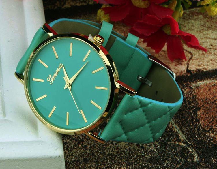Наручные часы с ремешком цвета мяты код 184