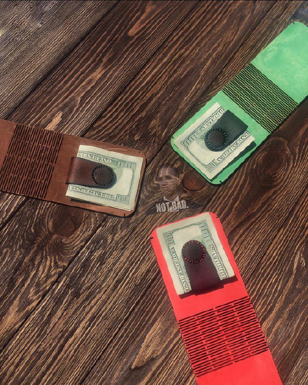Кожаный кошелек с зажимом для купюр