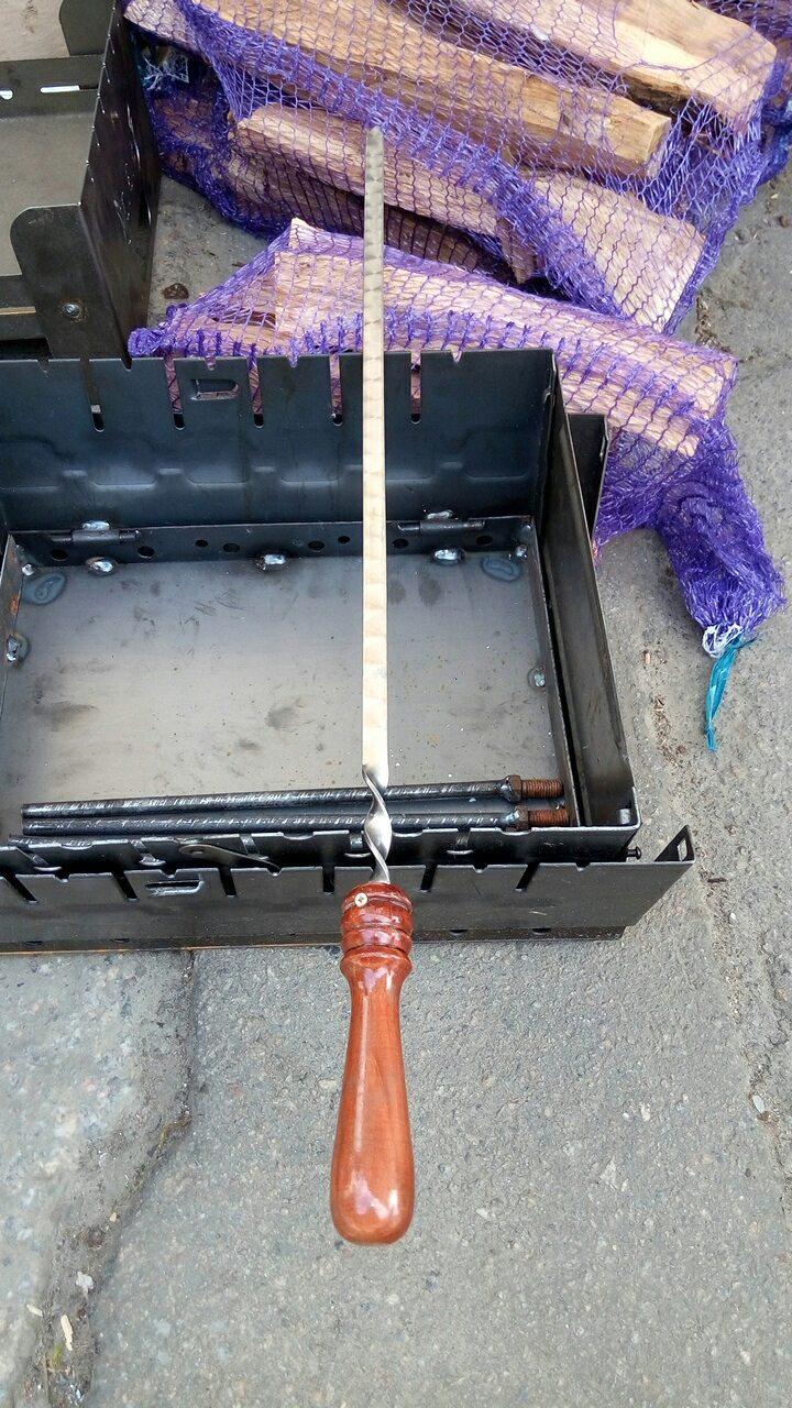 Шампур  нержавейка плоский с деревянной ручкой (лакированной) 75*13*3мм
