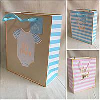 Подарочный бумажный пакет с ручками, разные расцветки, 32х26х12 см., 35 грн.
