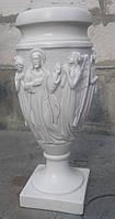 Мраморные вазы. Ваза мраморная с ангелами. Ритуальная ваза