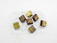Пластиковая форма для шоколада Сырные кубики