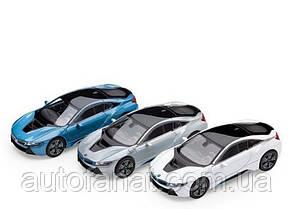 Оригинальные модели различных цветов BMW i8 (i12), 1:64 scale (80422336843)