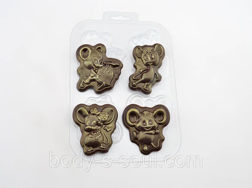 Пластиковая форма для шоколада Мышиный квартет