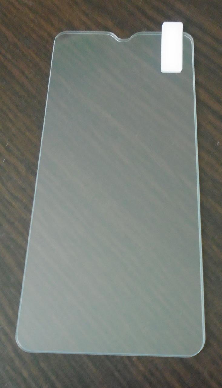 Защитное стекло Doogee Y8  2.5D
