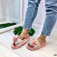 Женские шлепанцы розовые- пудра с цветами , фото 1