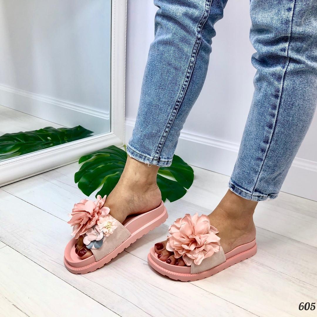 Женские шлепанцы розовые- пудра с цветами