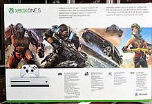 Игровая приставка Microsoft XBOX 360 ONE S 1TB (UltraHD 4K, Blu-Ray, HDR), фото 2