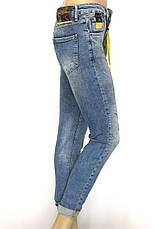 Жіночі завужені з потертостями джинси , фото 3