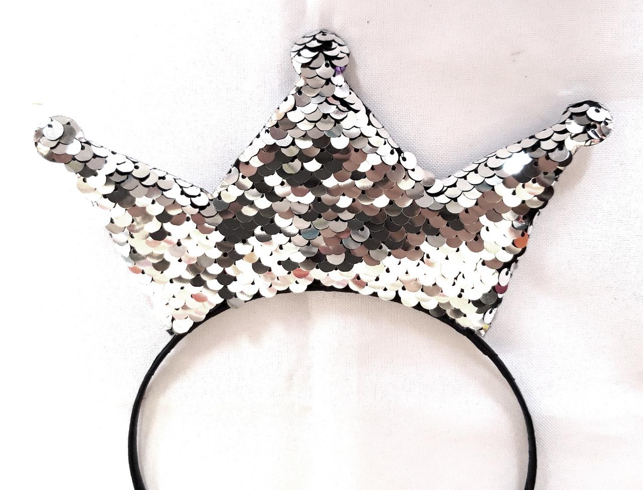 Корона на обруче серебристо-черные пайетки