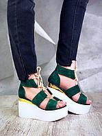 Женские модные стильные босоножки на танкетке , натуральная замша , зеленые
