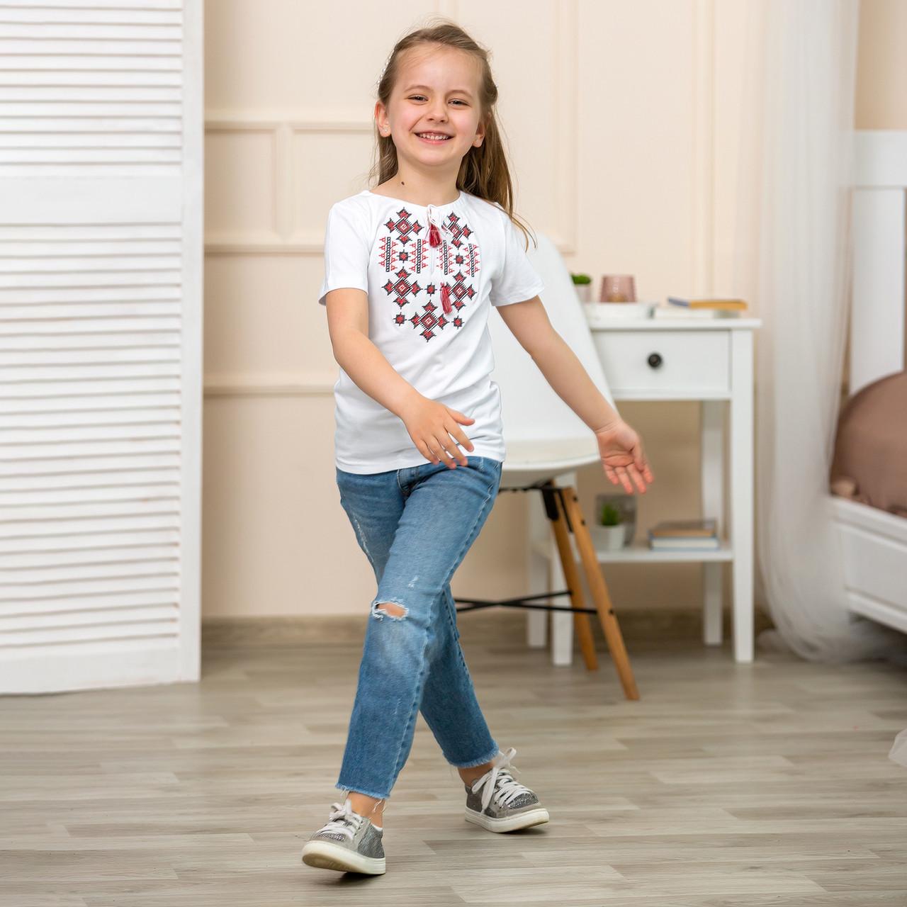 Трикотажная футболка вышиванка для девочки Орнамент красный
