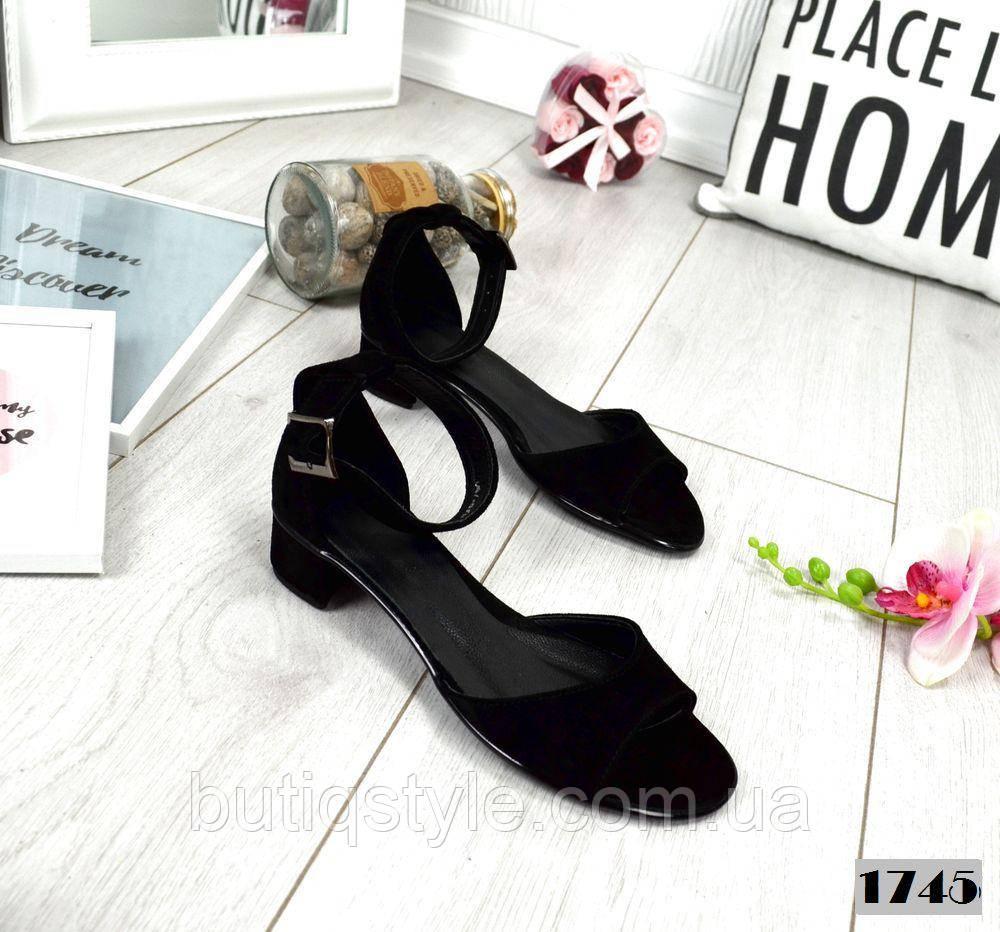 Женские черные босоножки Comfort на низком каблуке, натуральный замш