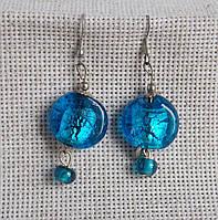 Эффектные индийские стеклянные серьги ярко-синего цвета