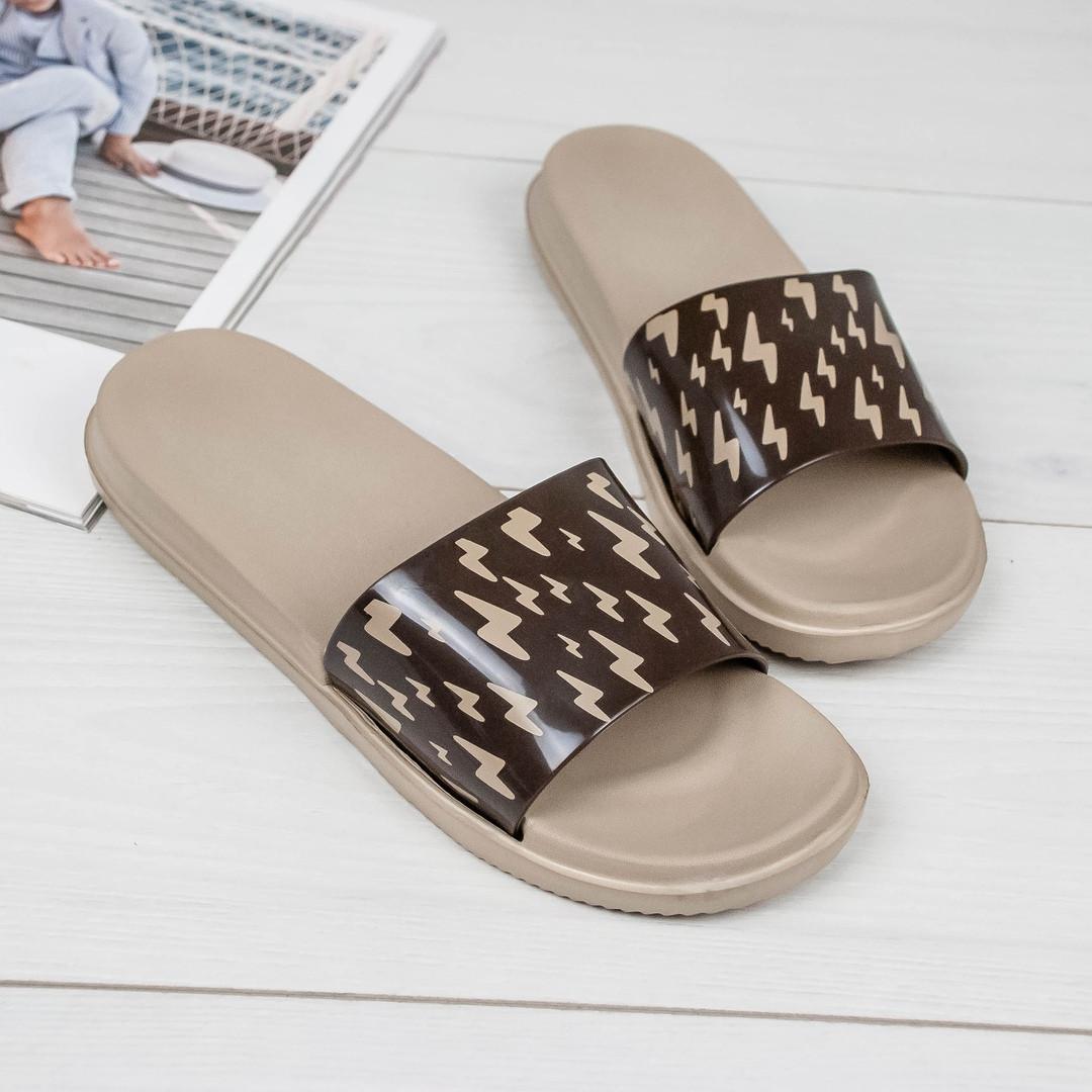 Женские легкие пляжные силиконовые шлепанцы на платформе коричневые