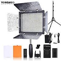 LED осветитель видеосвет Yongnuo YN300 III 3200-5500K + аккумулятор + адаптер питания + штатив