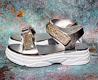 ✅ Босоножки на платформе женские со стразами серебро сандали