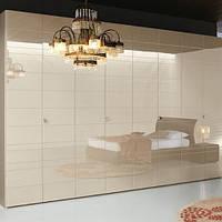 Шкафы с распашными фасадами МДФ  крашенный на фурнитуре Blum или Hettich