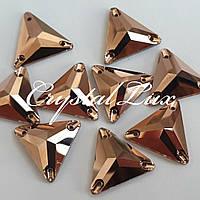 Стрази пришивні SWARO Трикутник 16мм. Rose Gold
