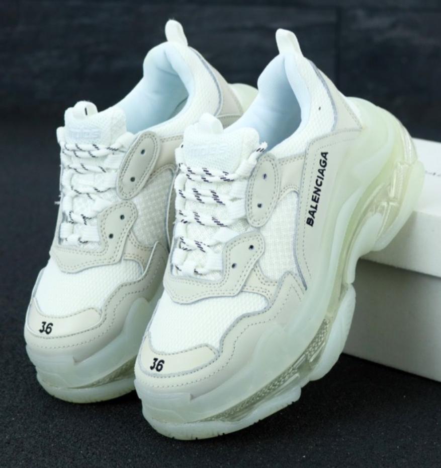 Женские кроссовки Balenciaga Triple S White (Баленсиага Трипл С)