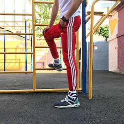 Спортивні штани в стилі Adidas Strips червоний
