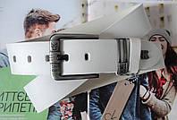 Мужской кожаный ремень под джинсы белого цвета, фото 1