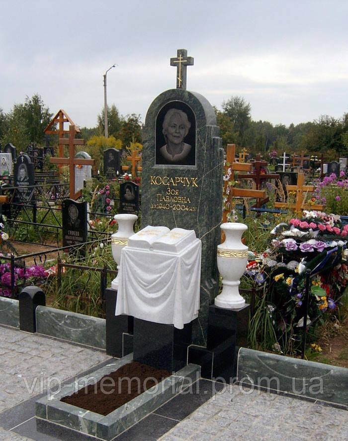 Памятник гранитный Г-16