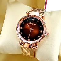 Ультрамодные женские кварцевые наручные часы Geneva Diamond на силиконом ремешке, коричневый циферблат, золото