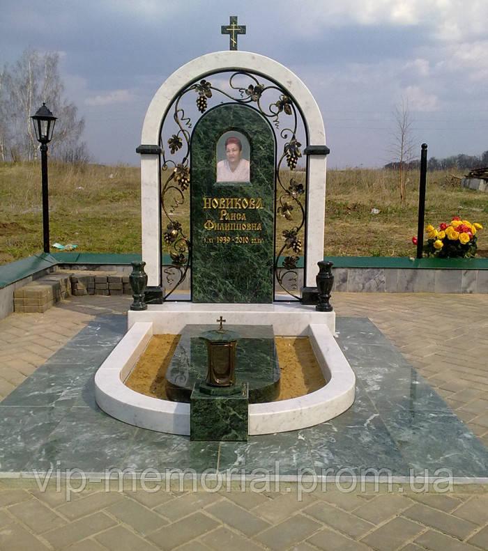 Памятник гранитный Г-100