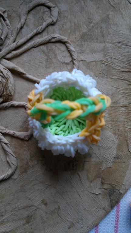 Изделия из резинок Rainbow Loom  5