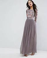 Вечернее платье в пол с гипюром