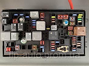 Блок предохранителей моторного отсека 1.6/1.8 Chevrolet Cruze 2009-2019 г.