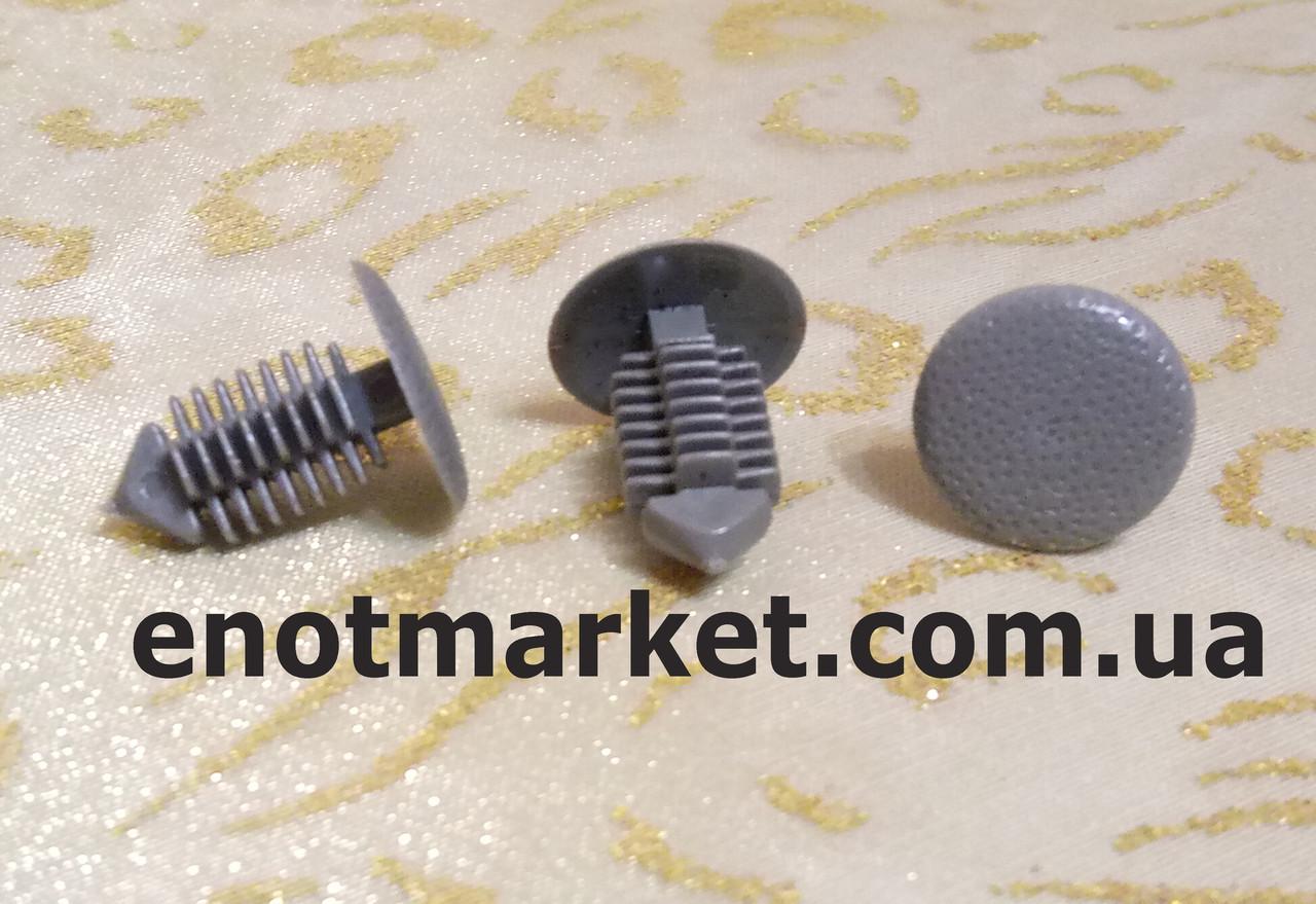 Нажимний кріплення ялина, універсальне Opel Astra F / Calibra / Corsa / Kadett / Tigra. ОЕМ: 2226953, 90328384