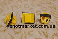 Фигурное крепление бокового молдинга Hyundai ОЕМ 8775835000,87758-35000, 87758-38000, 8775838000, фото 1